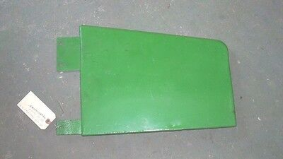 John Deere 1010 Tractor Early Front Side Panel Rh At13042t