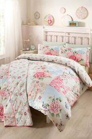 Oriental Floral Design Duvet set with 2 pillow cases - Double
