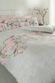 Eloise Bed Set