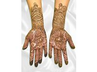 Henna Mehndi drawing artist and classes
