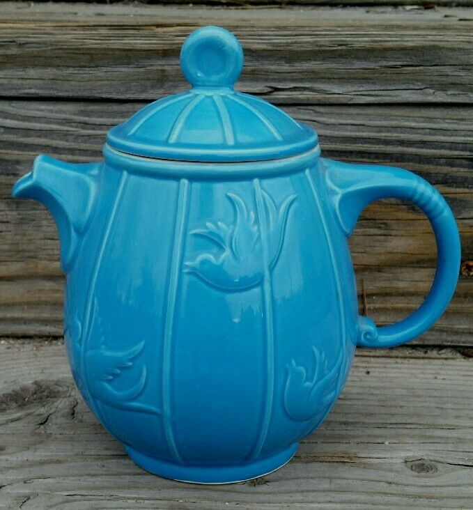 Beautiful Blue Hall Birdcage Teapot