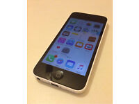 iPhone 5c White 16GB Unlocked to all Networks Good Condition Can Deliver