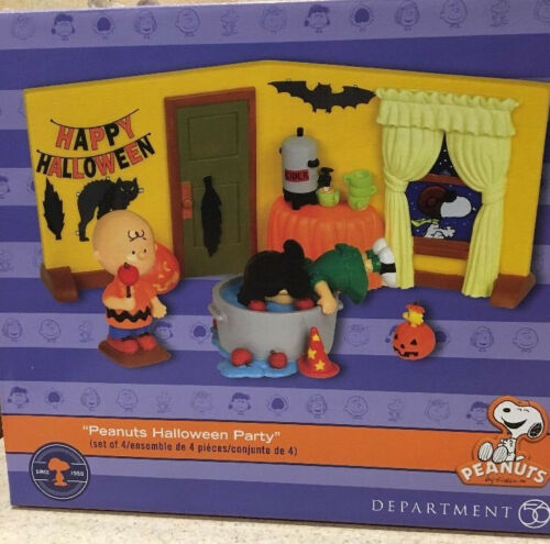 Dept 56 Peanuts Snoopy Halloween Party Charlie Brown NIB Lucy Woodstock Pumpkin