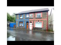 Beautiful 3 bedroom semi detached house to rent **(3-6 month rental only )