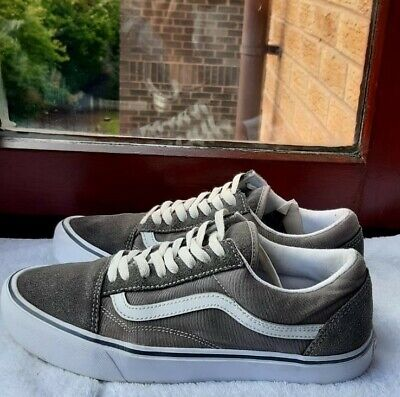 Mens Vans Old Skool Grey Trainers Pumps Size UK 8 EU 42 good condition
