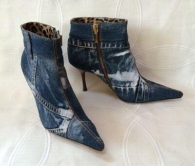 New DOLCE & GABBANA Dark Wash Denim Pointy Toe Side Zip Ankle Boots Sz 38.5 / 8