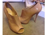 Brand New Jimmy Choo Glint Nude Patent Peep Toe Ankle Boots £560