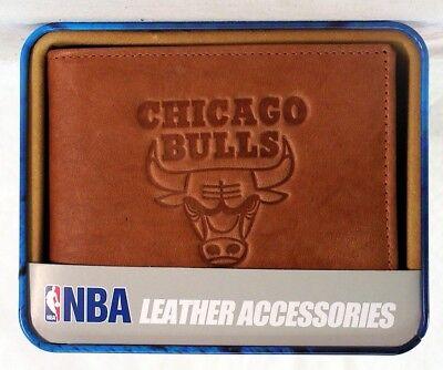 Chicago Bulls NBA Embossed Leather Billfold Wallet NEW in Gift Tin - Embossed Leather Billfold Wallet