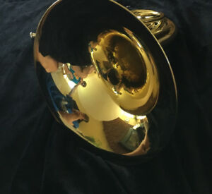 "Yamaha French Horn - Single ""F""  - Gently Used"