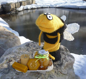 Fresh Local Raw Organic unpasteurized Honey - treatment free London Ontario image 3