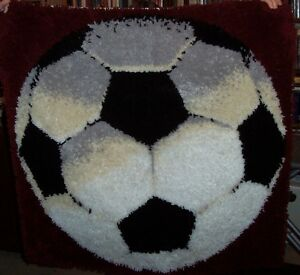 Hooked rug – Soccer ball – ONLY $45 London Ontario image 1