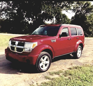 Dodge Nitro (as is) no accident beautiful no rust.