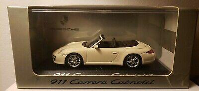 Minichamps 1/18 Porsche 911 Carrera 4S Cabriolet 2019 White155067330
