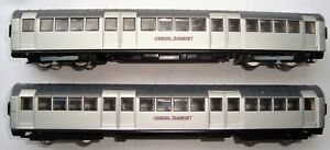 EFE 1959 London Transport Underground train railway models x2 cars & free LUsign