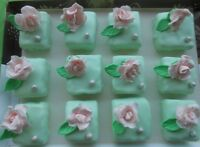 Mini Cakes as wedding or party favors