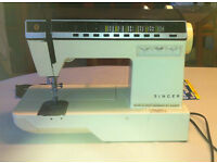 Singer Futura 1000 Sewing Machine
