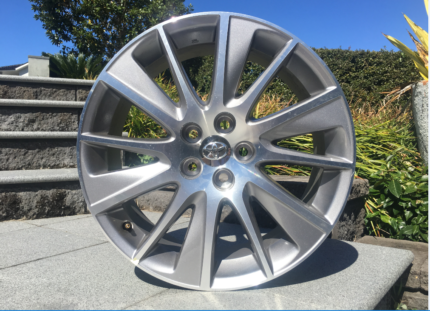 BRAND NEW Toyota Kluger Grande Alloy Wheels x 4