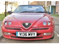 Well maintained Red Alfa Romeo Spider Lusso T-Spark car For sale