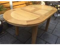 Superb - Solid Oak Extending Dining Table - New / Unused