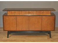 Attractive Vintage Retro G Plan Teak Sideboard Cabinet With Cupboards & Drawers