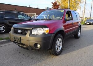 2006 Ford Escape XLT. Accident free. Low Kms.