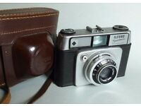 Ilford sportsman camera with case