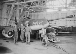 WWII B&W Photo Luftwaffe Me262 50mm Cannon  WW2 / 6013