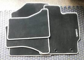 Current Toyota Use is car mats complete set genuine 2011- 2017 luxury