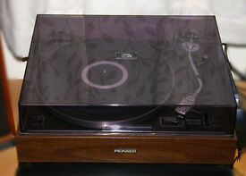Pioneer PL-12D turntable