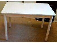 WHITE KITCHEN / DINING TABLE - OKAY CONDITION - QUICK SALE - £15
