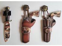JOHN WAYNE Decorative Figurine/Ornament Bundle [All Bradford Exchange]