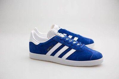 80 Adidas Men Gazelle Blue Collegiate Royal White Gold Metallic S76227