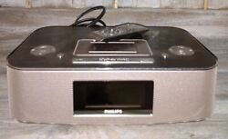 Philips DC290B Radio iPod/iPhone Alarm Clock Speaker Dock Tested Works & remote