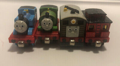 2009 Learning Curve Thomas & Friends Sodor Holiday Parade Die Cast Train Set