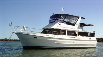 Live aboard family cruiser