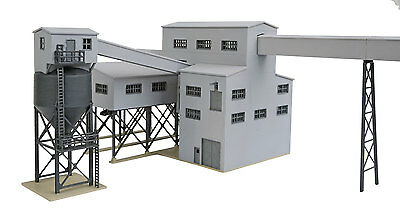 3836 Walthers Cornerstone Diamond Coal Corp Mine N Scale