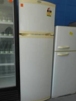Second Hand Fridge / Freezer WHIRPOOL 392 L (MFF 127)