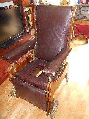 antigua silla de , médico, para clínica . Pieza rarísima de museo. Luneville.