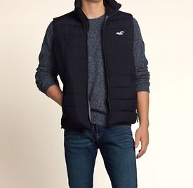 Hollister Gilet body warmer, worn once in excellent condtion, retails for £65