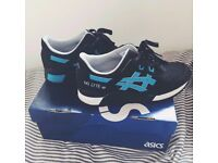 Asics Gel Lyte iii Women's UK Size 6 navy and light blue