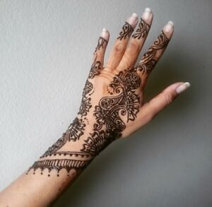 Henna Services available in Mississauga and Brampton