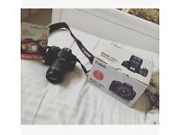 Canon camera EOS 700D and memory card