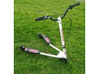 3 wheel swing Swagger scooter speeder drifter Good condition