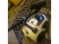 Hoover / vacuum cleaner