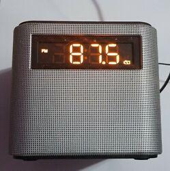 Philips FM Dual Alarm Clock Radio Bluetooth speaker Type AJT3300/37