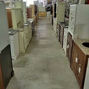 WAREHOUSE SALE !! CABINET, VANITY, KITCHEN, BATHROOM Kitchener / Waterloo Kitchener Area image 9