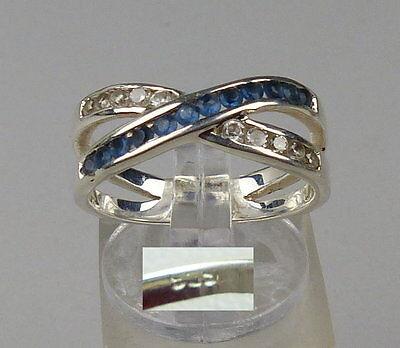 Ring aus 925er Silber mit Tansanit u. weißen Steinen, Gr. 56/Ø 17,8 mm  (da4544)