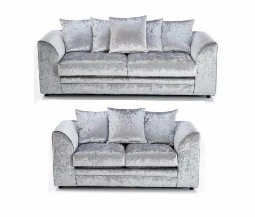 NEW ZELEN CRUSHED VELVET FABRIC CORNER SOFA SUITES IN BLACK SILVER COLORin Romney Marsh, KentGumtree - CON.TACT INFOR IN THE FOLLOWING PIXTURES or 07903198072 CONDITION Brand new in original packaging COLOUR BlackSilver Velvet DIMENSIONS 3 seater W 180cm D 90cm H 80cm 2 seater W 145cm D 90cm H 80cm Corner unit 212cm 164cm 64cm SPECIFICATIONS Sofa...