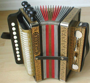 WANTED:    Hohner 4-Stop in Key of A