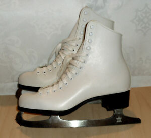 NEW Women's leather skates CCM, made in Canada, 10  US - 42 EU